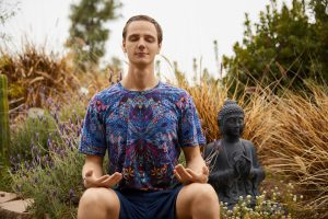 lars king, meditation, community